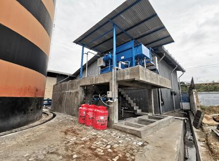 palm oil mill effluent treatment